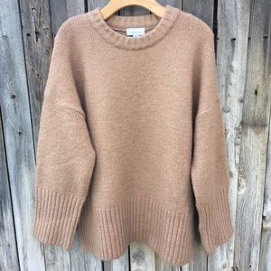 NWT Topshop Supersoft Deep Hem Crewneck Sweater L